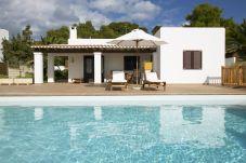 Villa a Sant Josep de Sa Talaia - VILLA BERTA